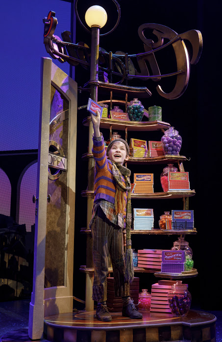 """Review """"Charlie and the Chocolate Factory"""" (Broadway in Chicago):  The Original Candy Crush!"""