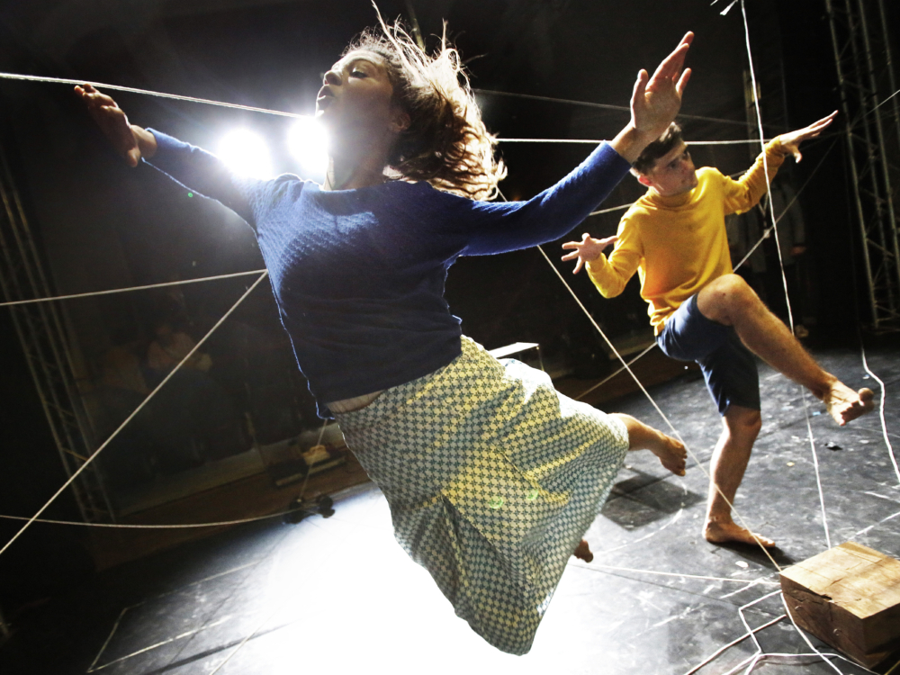 """Review """"Us/Them"""" (Chicago Shakes): Powerful Yet Playful Storytelling"""