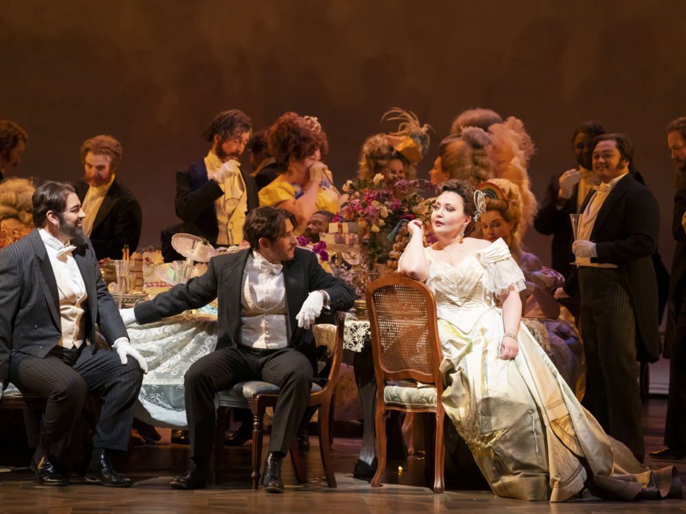 "Review ""La Traviata"" (Lyric Opera): Exquisite, Vibrant Passion"