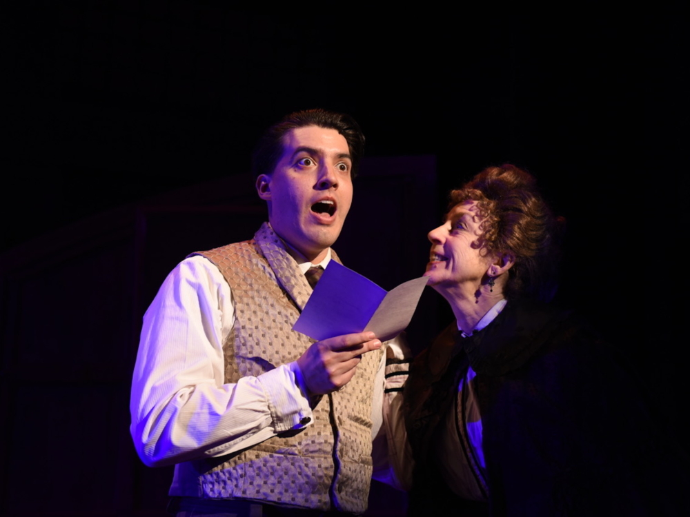 """Review """"A Gentleman's Guide to Love and Murder"""" (Porchlight Music Theatre): Bloody Brilliant!"""
