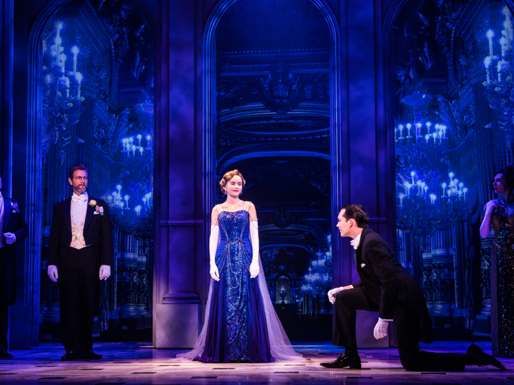 "Review ""Anastasia"" (Broadway in Chicago):Charming Elegance!"