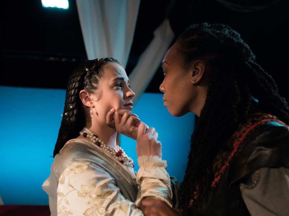 """Review """"Othello"""" (Babes with Blades): Passionate and Powerful!"""