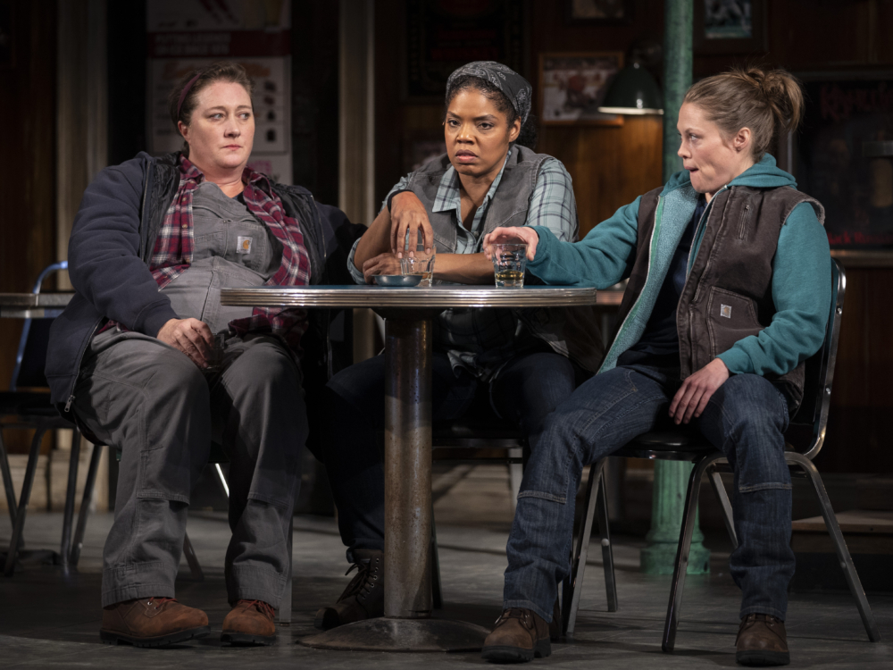 "Review ""Sweat"" (Goodman Theatre): Don't Sweat It"