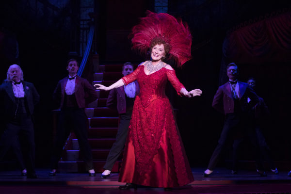 """Review """"Hello, Dolly!"""" (Broadway in Chicago): Buckley Owns It!"""