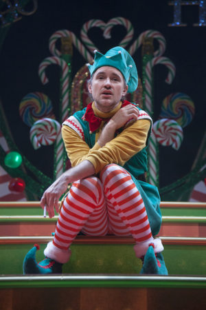 """Review """"Santaland Diaries"""" (Goodman Theatre): Clever Tale of Elf Oppression"""